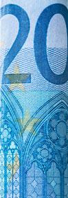 Divdesmit eiro
